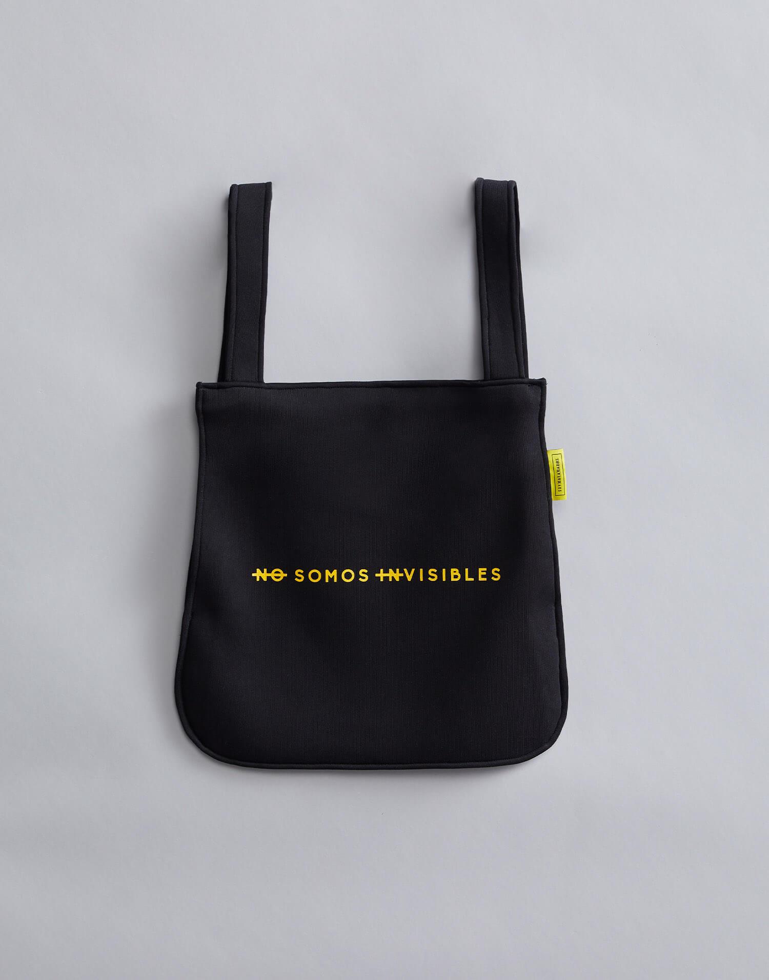 mochila negra no somos invisibles